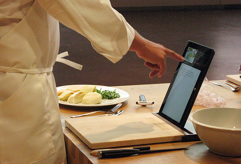 Spanish cutting board and tablet holder cut with an LT15 sawmill