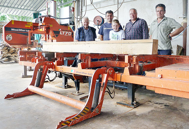 Family sawmill and firewood business in Italy