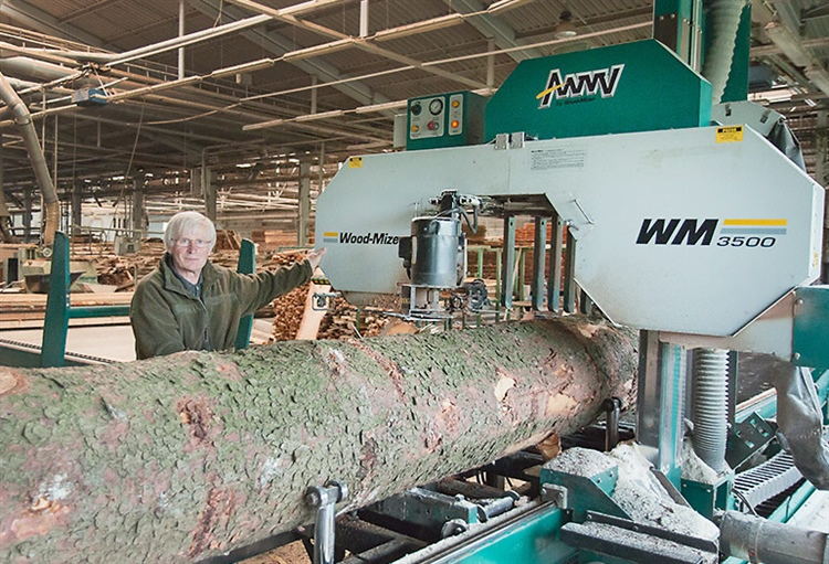 WM3500 sawmill producing quality timber in Czech Republic