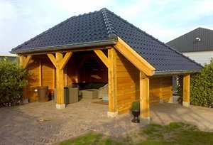 Dutch timber framer uses LT15 sawmill for projects