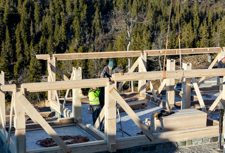NORWEGIAN TIMBER FRAME COMPANY UPGRADES TO EXTENDED LT70 SAWMILL